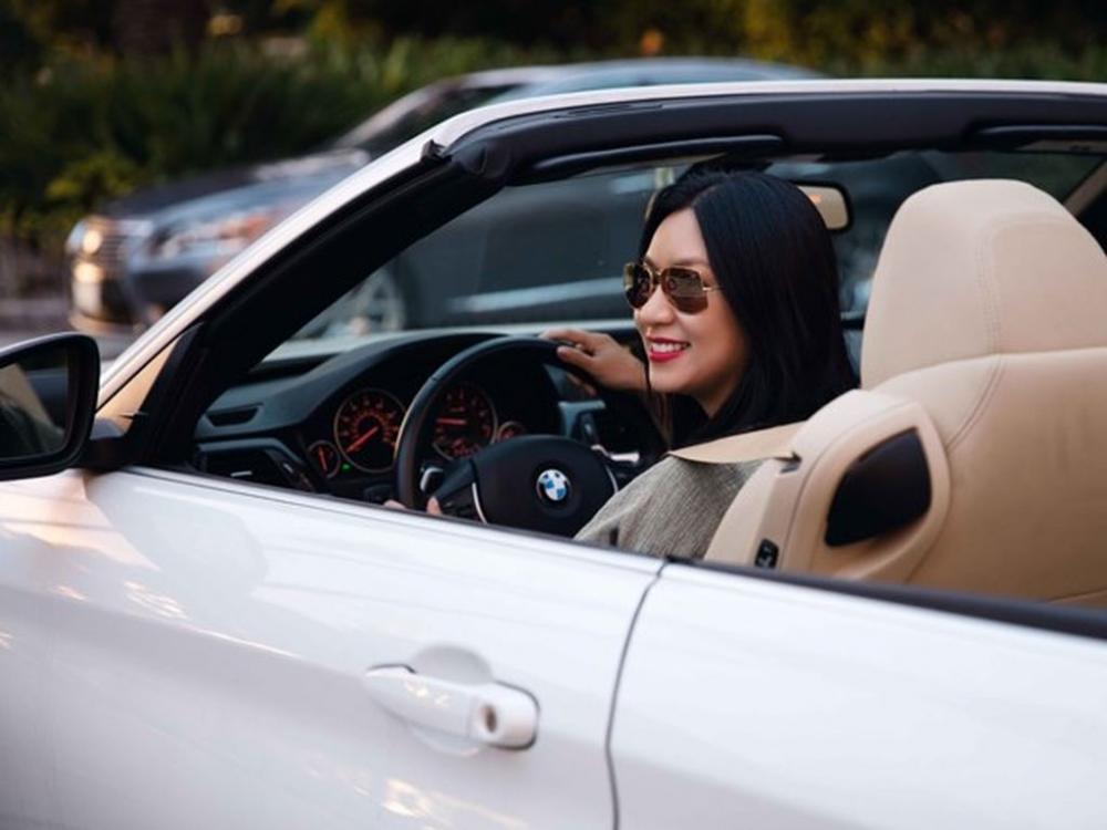 Người đẹp và xe: Gặp lại người mẫu ảnh lịch.