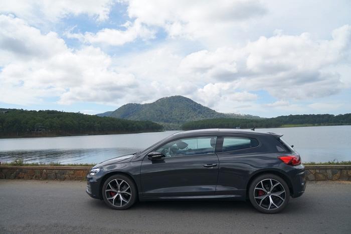 Đánh giá Volkswagen Scirocco về thiết kế thân xe