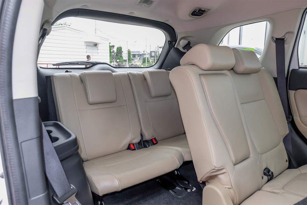 Hàng ghế hành khách Mitsubishi Outlander 2019