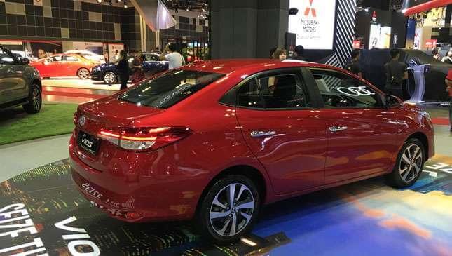 Ngoại thất Toyota Vios 2018 được đánh giá cao hơn những phiên bản tiền nhiệm - 2
