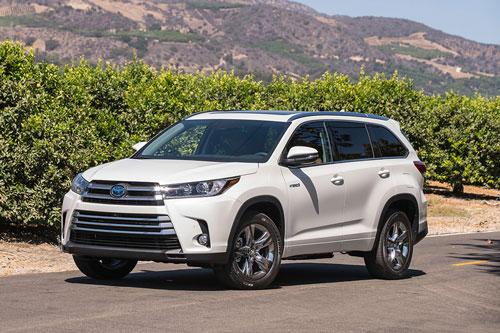 10 xe SUV/Crossover 3 hàng ghế tốt nhất năm 2019:Toyota Highlander 2019.