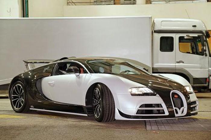 10 siêu xe đắt đỏ nhất hành tinh: Bugatti Veyron Vivere.