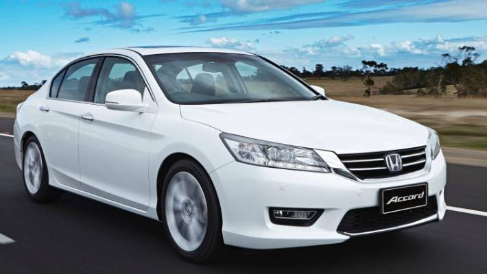 Honda triệu hồi gần 1 triệu xe dính lỗi túi hơi Takata 1.