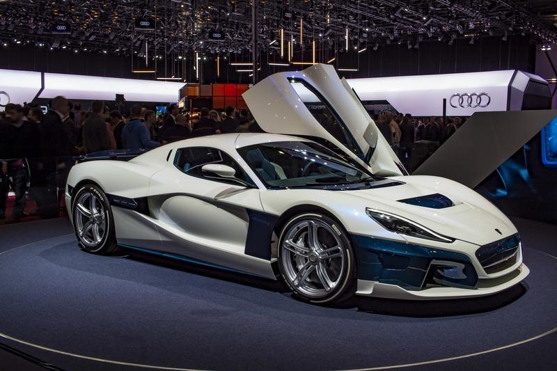 Top 10 mẫu xe ô tô điện nổi bật nhất trong tương lai: Rimac C_Two.
