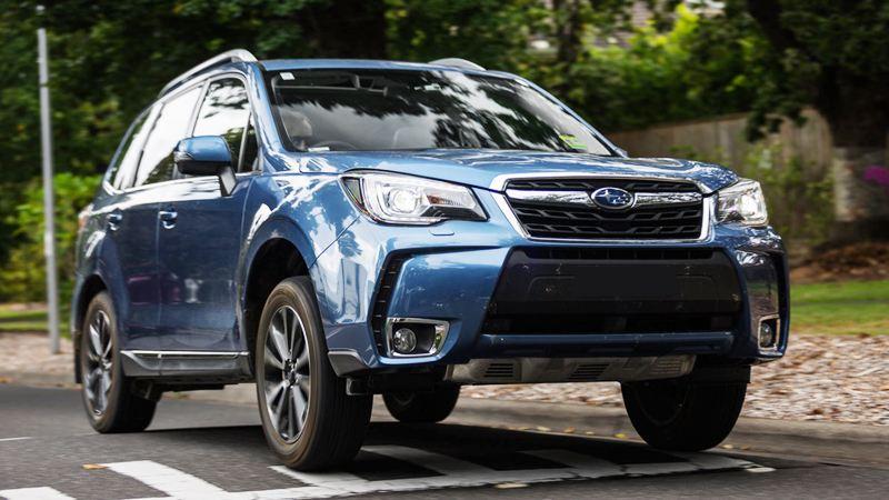 Top 3 xe gầm cao 5 chỗ giá 1 tỷ đồng tốt nhất hiện nay: Subaru Forester.