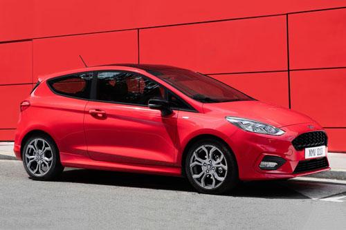 10 xe hơi ăn khách nhất tại Anh: Ford Fiesta.