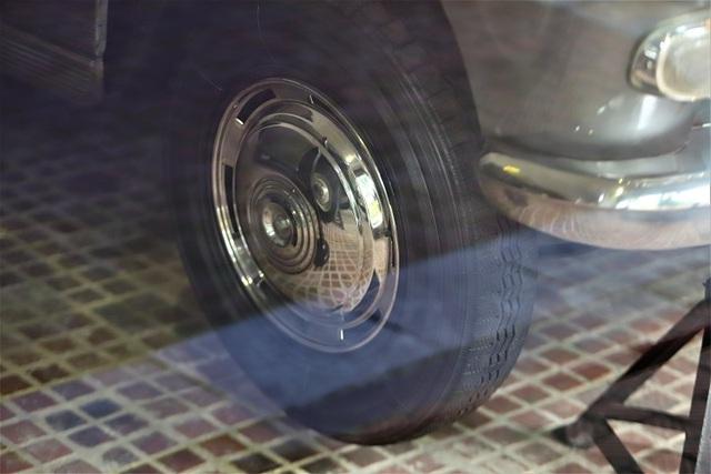 Peugeot 404 đã lăn bánh là 16.575km
