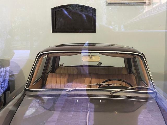 Chiếc Peugeot 404 được nhập từ Pháp về Việt Nam