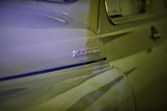 thân xe Pobeda