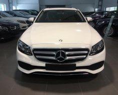Cần bán Mercedes E250 đời 2017, màu trắng giá 2 tỷ 479 tr tại Hà Nội