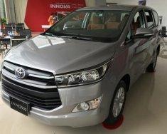 Bán xe Toyota Innova 2.0E sản xuất 2018, màu bạc giá 703 triệu tại Hà Nội