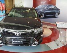 Toyota Camry khuyến mãi lớn, tặng tiền mặt, phụ kiện chính hãng, hỗ trợ mua xe trả góp, hotline 0987404316 giá 968 triệu tại Hà Nội