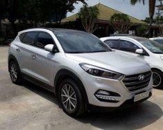 Bán xe Hyundai Tucson sản xuất năm 2015, màu trắng, nhập khẩu giá Giá thỏa thuận tại Tp.HCM