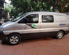 Bán Hyundai Starex 2.5AT sản xuất năm 2003, màu bạc, nhập khẩu số tự động, 205 triệu giá 205 triệu tại Hà Nội