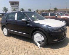 Bán ô tô Volkswagen Tiguan đời 2018, màu đen, nhập khẩu nguyên chiếc giá 1 tỷ 669 tr tại Hà Nội