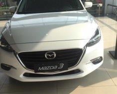 Cần bán Mazda 3 1.5 năm sản xuất 2018, màu trắng, giá tốt giá 659 triệu tại Hà Nội