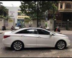 Bán Hyundai Sonata sản xuất 2010, màu trắng chính chủ, giá 530tr giá 530 triệu tại Tp.HCM