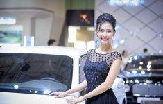 Ngắm dàn người đẹp tại triển lãm ô tô quốc tế Việt Nam 2016