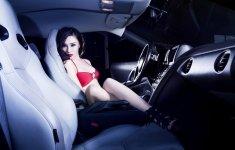 Chiêm ngưỡng bộ ảnh người đẹp và xe Nissan GT-R