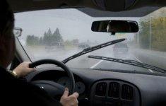 6 bộ phận trên ô tô cần kiểm tra thường xuyên vào mùa mưa