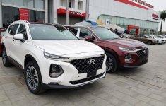 Hyundai Santa Fe 2019 full option không xuất hiện trong ngày ra mắt?