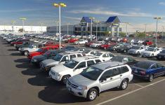 Lượng xe nhập khẩu trong tháng 5 tăng mạnh, đạt 15.000 chiếc