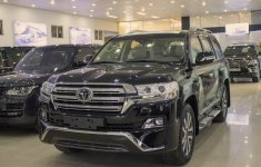Top 10 xe bán chậm nhất tháng 5/2019 tại Việt Nam: Toyota Land Cruiser đội sổ