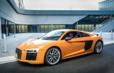 Gợi ý những bộ phim hấp dẫn dành cho tín đồ của Audi
