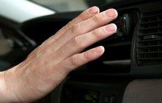 Những nguyên nhân khiến điều hòa ô tô không mát và cách xử lý