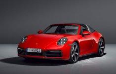 Tân binh Porsche 911 Targa chính thức chào sân sau nhiều lần lái thử