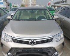 Bán xe Toyota Camry 2.0E đời 2016, hộp số tự động giá 1 tỷ 122 tr tại Điện Biên