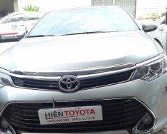 Hiền Toyota cần bán xe Toyota Camry 2.0 đời 2015, nhập khẩu nguyên chiếc giá 1 tỷ 50 tr tại Tp.HCM