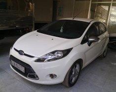 Cần bán Ford Fiesta đời 2013, màu trắng, nhập khẩu nguyên chiếc giá 435 triệu tại Tp.HCM