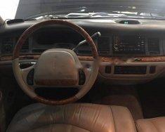 Bán xe Lincoln Town car 1996, màu đen, nhập khẩu số tự động giá 450 triệu tại Hà Nội