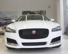 Giá xe Jaguar XF Prestige trắng, gọi 0918842662 để được ưu đãi lớn trong tháng xe giao ngay giá 2 tỷ 999 tr tại Tp.HCM