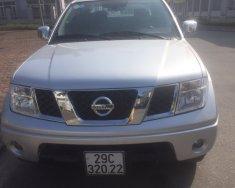 Tôi cần bán Nissan Navara LE số sàn màu bạc, xe mua mới tinh 2014, sản xuất 2013. giá 425 triệu tại Hà Nội
