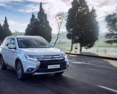 Mitsubishi Outlander phiên bản mới, nhập khẩu nguyên chiếc, khuyến mãi cực lớn giá 943 triệu tại Nghệ An