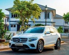 Cần bán xe Mercedes GLC 300 đời 2017, màu trắng giá 2 tỷ 149 tr tại Hà Nội