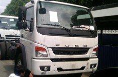 Bán xe tải Fuso FI 12T màu trắng thùng kín, mui bạt, lửng đúng tiêu chuẩn giá 749 triệu tại Cả nước