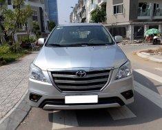 Bán xe Toyota Innova E đời 2013, màu bạc giá 555 triệu tại Hà Nội