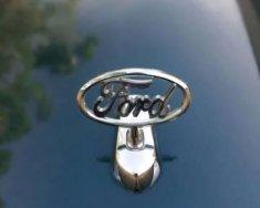 Cần bán lại xe Ford Crown Victoria đời 1995 giá 130 triệu tại Hà Nội