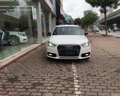 Cần bán Audi A1 màu trắng, hàng nhập khẩu nguyên chiếc giá 1 tỷ 180 tr tại Hà Nội