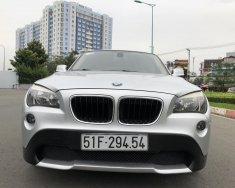 BMW X1 2011 form mới màu bạc, loại xe cao cấp, hàng full đủ đồ chơi giá 598 triệu tại Tp.HCM