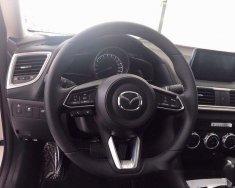 Bán Mazda 3 đời 2017, màu trắng, giá 659tr giá 659 triệu tại Bình Phước