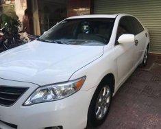Bán Toyota Camry LE đời 2011, màu trắng chính chủ, 999tr giá 999 triệu tại Cần Thơ