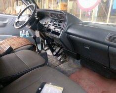 Xe Toyota Hiace đời 2002, tải trọng chở hàng 1 tấn và 3 người giá 140 triệu tại Tp.HCM