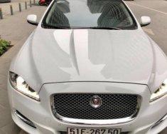 Bán Jaguar XJ 2.0 AT đời 2014, màu trắng, xe nhập giá 2 tỷ 995 tr tại Hà Nội