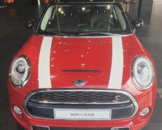 Bán xe Mini Cooper 5 cửa Blazing Red, nhập khẩu từ Anh Quốc giá 1 tỷ 689 tr tại Tp.HCM