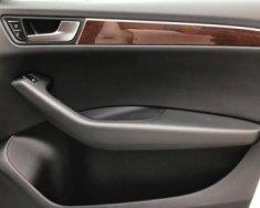 Bán xe Audi Q5 2.0 AT đời 2011, màu trắng giá 1 tỷ 180 tr tại Hà Nội