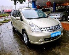 Bán Nissan Grand Livina AT đời 2011 giá 365 triệu tại Hà Nội